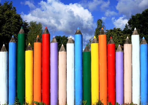 Забор из карандашей