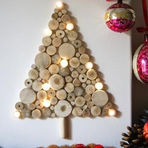 Натенная елка из бревен
