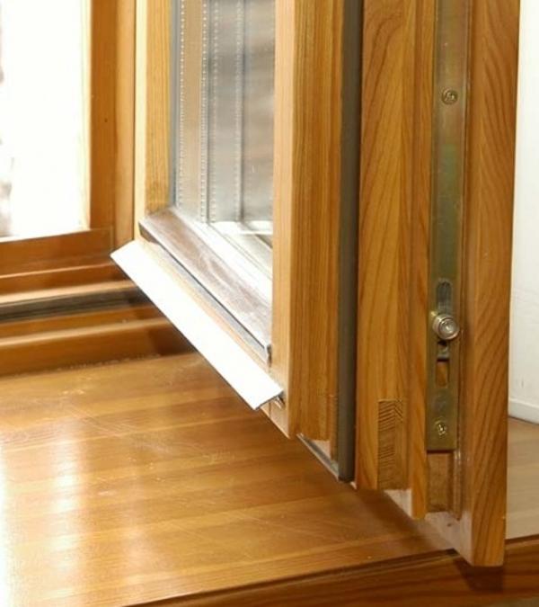 Как починить изношенные деревянные окна и двери