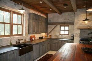 Кухня в коттедже дизайн