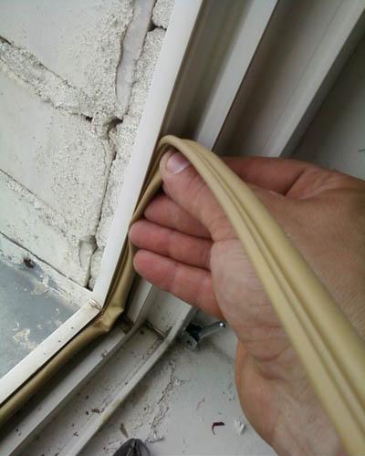 Утеплить деревянные двери своими руками