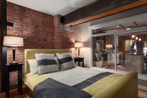 Интерьер в стиле лофт - спальня