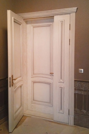 Двойные входные двери