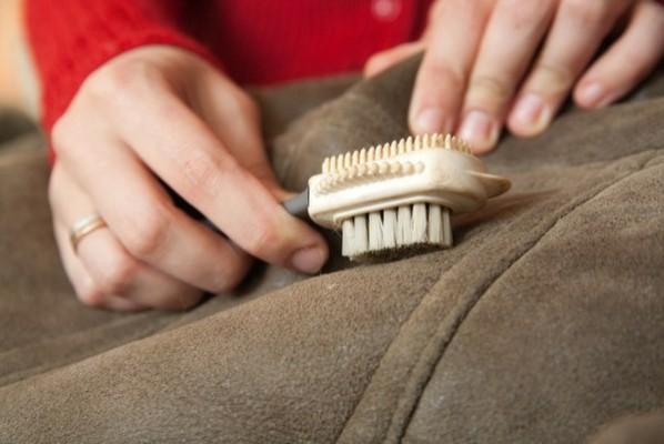 Как можно почистить натуральную дубленку в домашних условиях