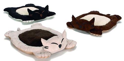 Плоская лежанка в виде кошки
